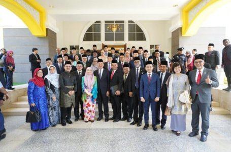 Ahli Parlimen PKR, Amanah menghadap Agong, Pakatan Harapan kembali