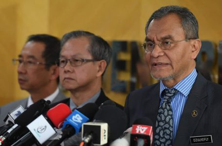 Kabinet bincang cadangan larangan kemasukan pelancong China