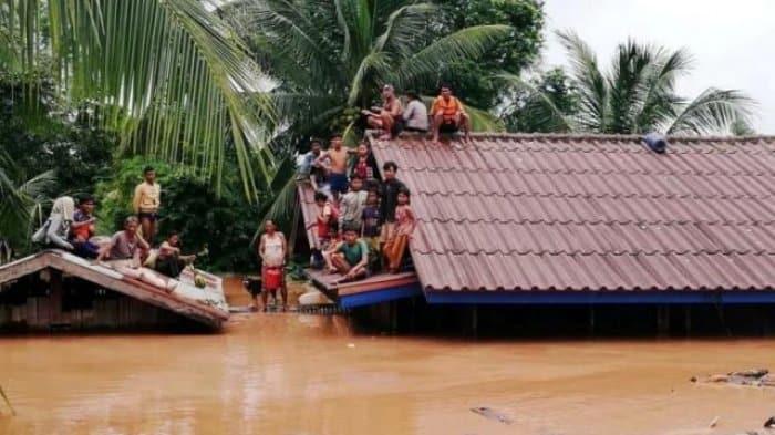 Banjir kilat di Indonesia ragut lapan nyawa