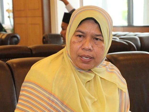 Zuraida nafi terbabit dengan akuan sumpah sokong Tun M