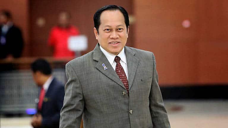 Ahmad Maslan mohon batal dakwaan pengubahan wang haram RM2 juta
