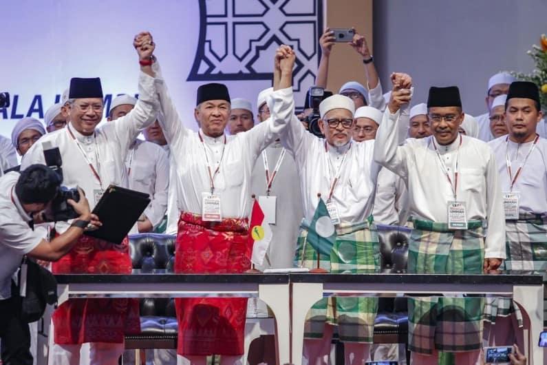 UMNO akan bincang usul sokong Mahathir Mohamad