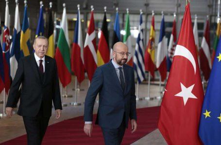 Kesatuan Eropah (EU), Turki kaji semula perjanjian