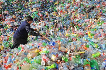 Saintis cipta enzim larutkan botol plastik dalam waktu singkat, bantu kitar semula dengan lebih cepat