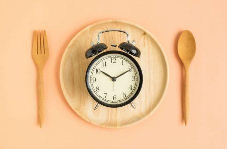 Pengambilan makanan mengikut aturan masa makan yang sesuai