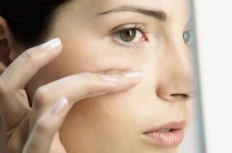 Punca kulit jadi kering, merekah dan cara rawatan atasi masalah alahan kulit.