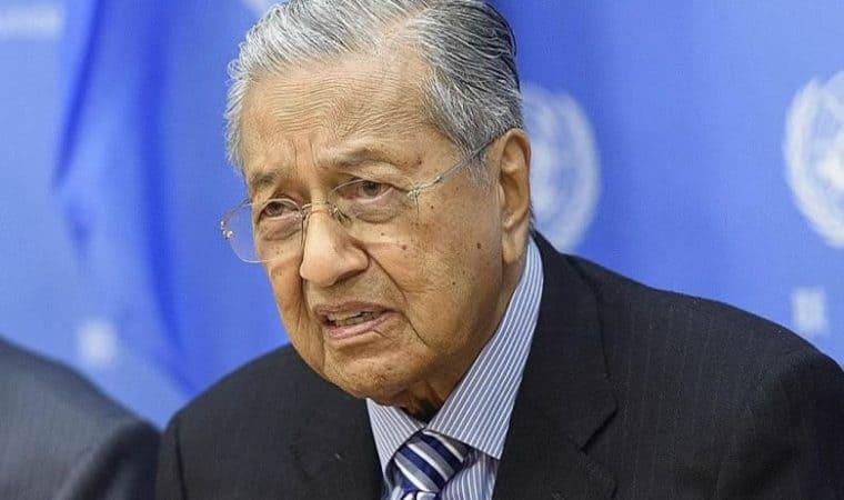Tun Mahathir mengatakan bahawa dia bersedia diusir dari Parti Rakyat Bersatu Malaysia (UNIT)