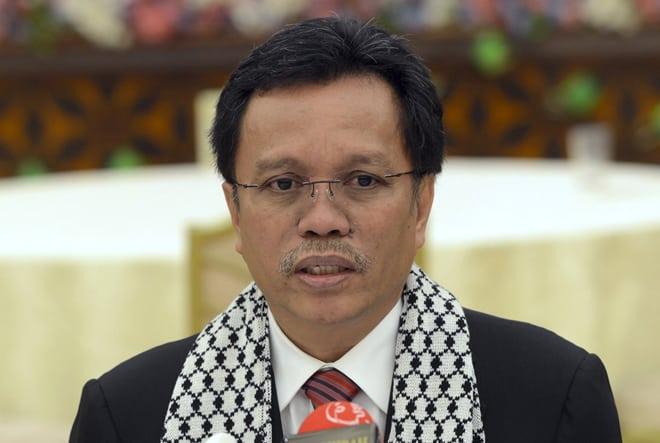 Ketua menteri Sabah Shafie Apdal telah menyatakan bahawa negeri Sabah tidak akan menahan diri dari mengikuti kawalan gerakan asal