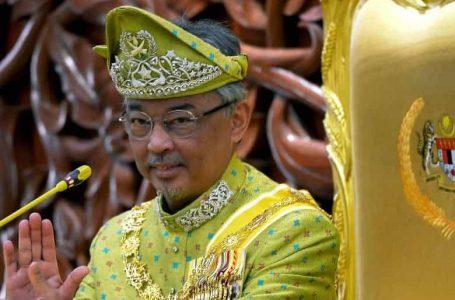 Ramai Anggota Parlimen didakwa tidur, main telefon semasa ucapan Agong – termasuk Najib dan Zahid