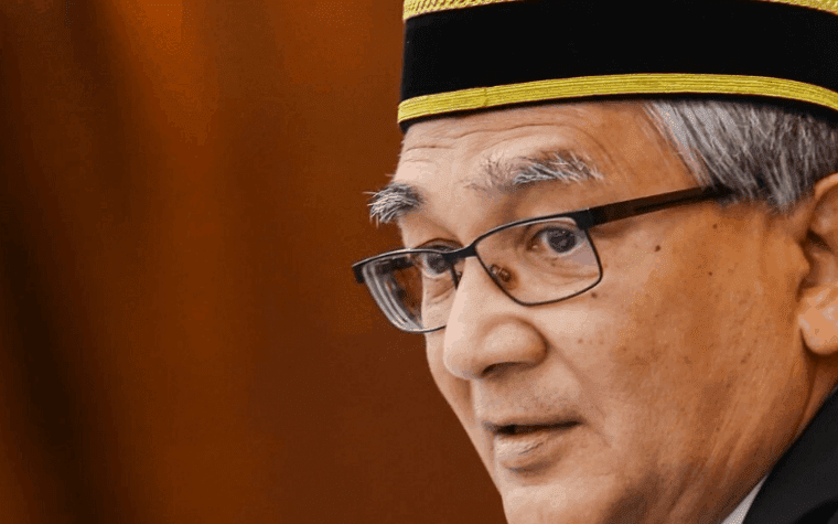 Speaker Dewan Rakyat Tan Sri Mohamad Ariff Md Yusof