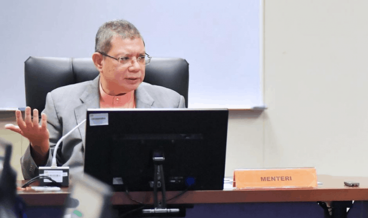 Komunikasi dan Multimedia Datuk Saifuddin Abdullah
