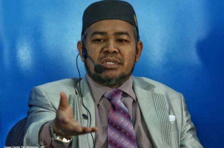 Menteri PAS, Khairuddin dikenakan denda RM1,000 kerana melanggar Covid-19 SOP