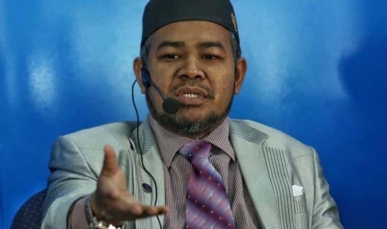 Menteri Industri dan komoditi, Datuk Mohd Khairuddin Aman Razali