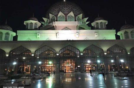 Ismail Sabri: Warga asing boleh bersolat di masjid-masjid di seluruh Malaysia mulai 1 September