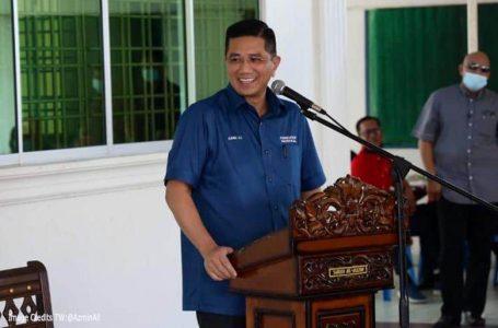 Bersatu Azmin Ali terus mendorong Hajiji sebagai CM Sabah Perikatan walaupun BN menentang