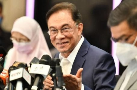 PKR sudi bekerjasama dengan mana-mana ahli politik untuk menentang rasuah