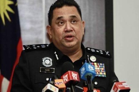 Polis mengesahkan Anwar disoal siasat mengenai enam kes termasuk kes liwat, mengatakan tidak ada tekanan politik