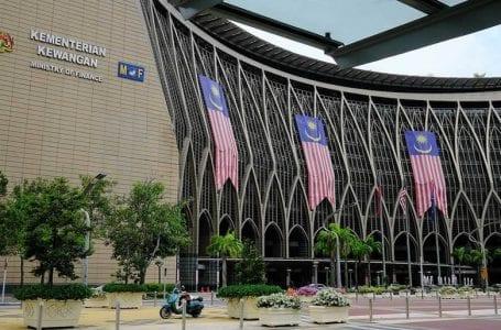 Kementerian Kewangan menafikan meluluskan pinjaman untuk mana-mana syarikat penerbangan