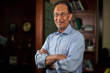 Polisi kamu membingungkan – Anwar kepada kerajaan Perikatan