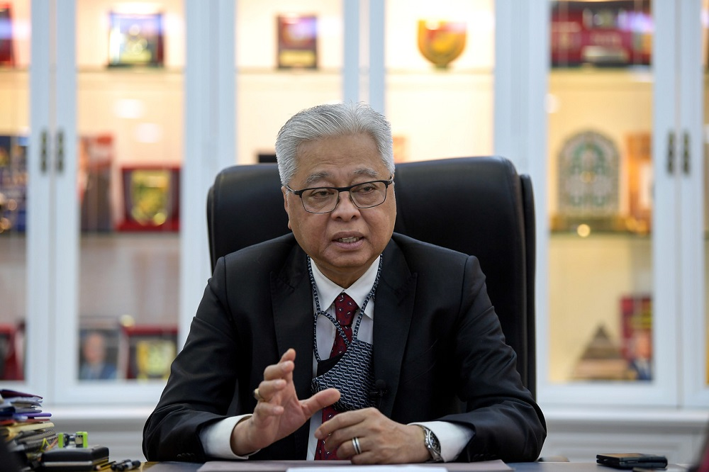 2.8 juta rakyat Malaysia berisiko kehilangan pekerjaan, 2.5 juta lagi mungkin kehilangan pendapatan