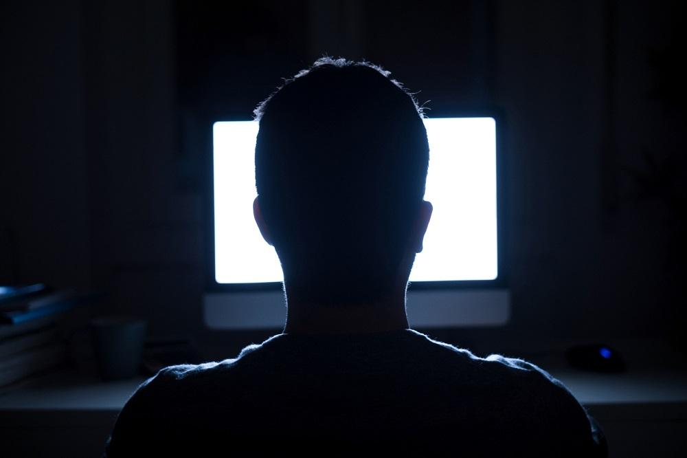 Pasukan cybertrooper Malaysia menggunakan kakitangan sepenuh masa, yang digunakan oleh ahli politik dan perniagaan