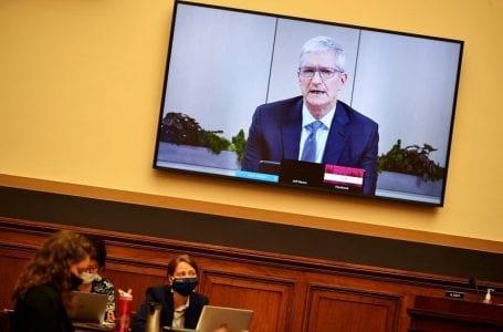Tim Cook Apple mengkritik amalan media sosial, memperhebat konflik Facebook