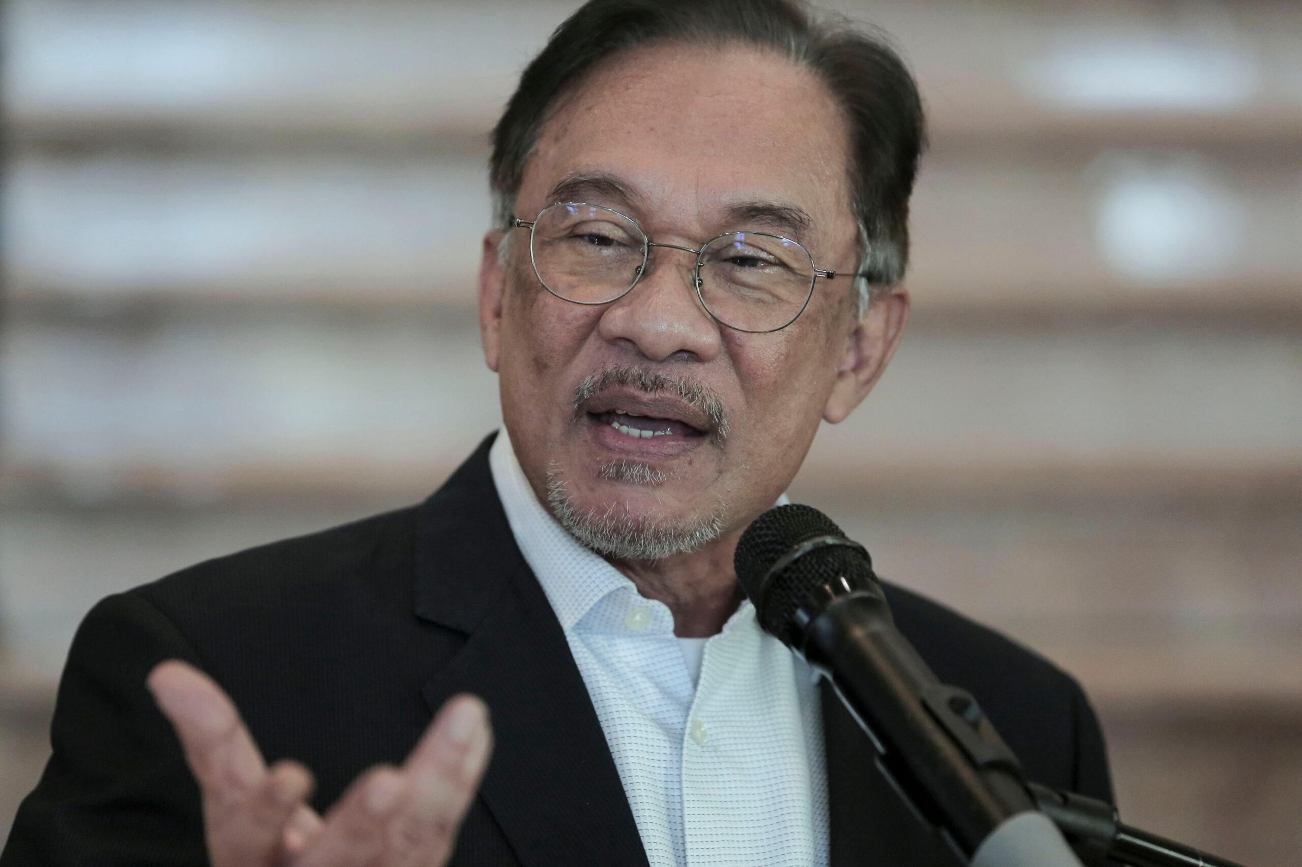 Anwar, PKR goyah