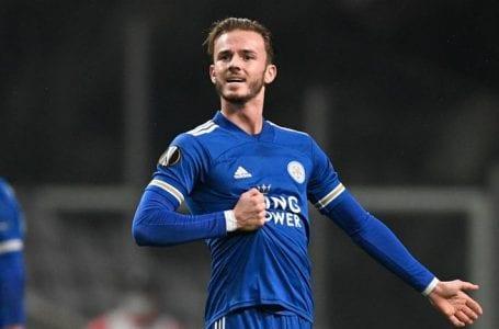 Arsenal membalas kekalahan untuk mengalahkan Leicester