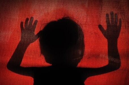 Berhati-hatilah dengan cubaan dandanan seksual dalam talian dan cubaan eksploitasi