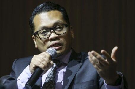 Anwar juga menjadi anggota Sheraton Move, tetapi menolak tawaran itu