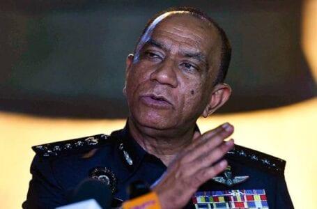Polis menahan pemandu Proton Wira viral