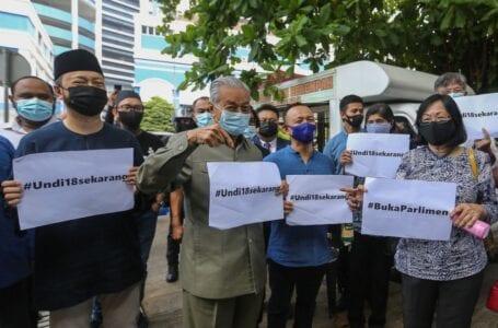 Dr Mahathir: Kelewatan Undi18 adalah tindakan yang disengajakan