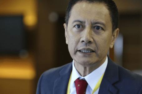 Speaker Dewan Rakyat, wakil tiba di Istana Negara untuk hadirin bersama Agong