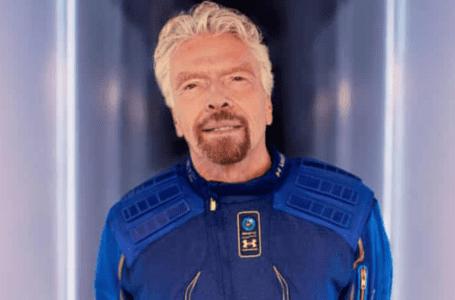 Virgin Galactic's Branson melonjak ke angkasa di atas kapal terbang roket