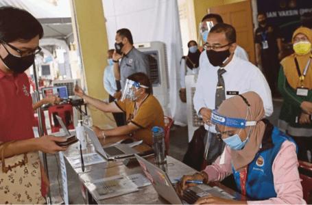 Perak memulakan vaksinasi Covid-19 untuk remaja