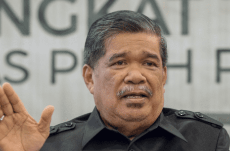 Menuduh PAS hipokrit, Mat Sabu memuji Guan Eng sebagai penyelamat Tabung Haji, DAP kerana menegakkan nilai-nilai Islam